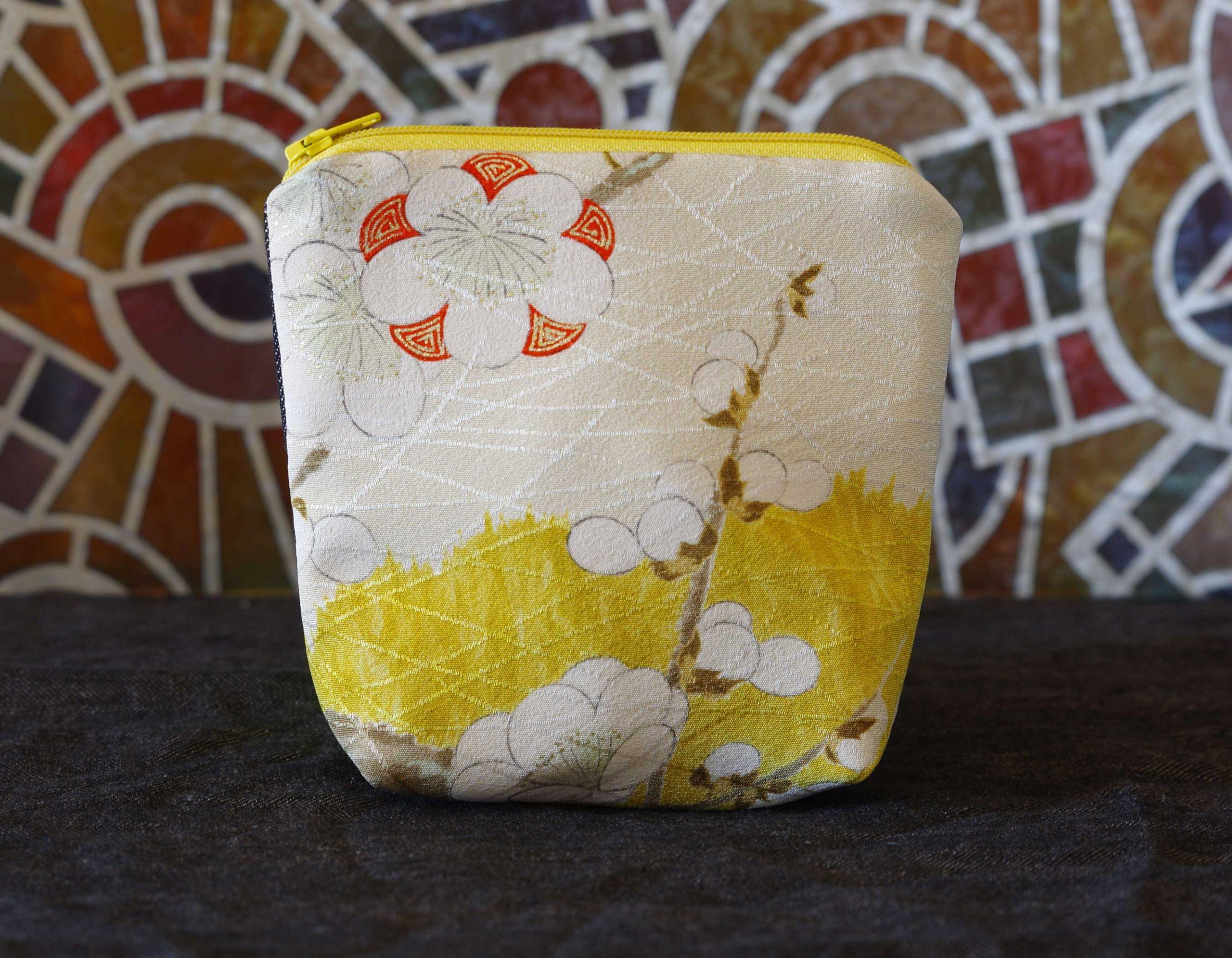 Kiku_pochette_en soie_kimono_vintage
