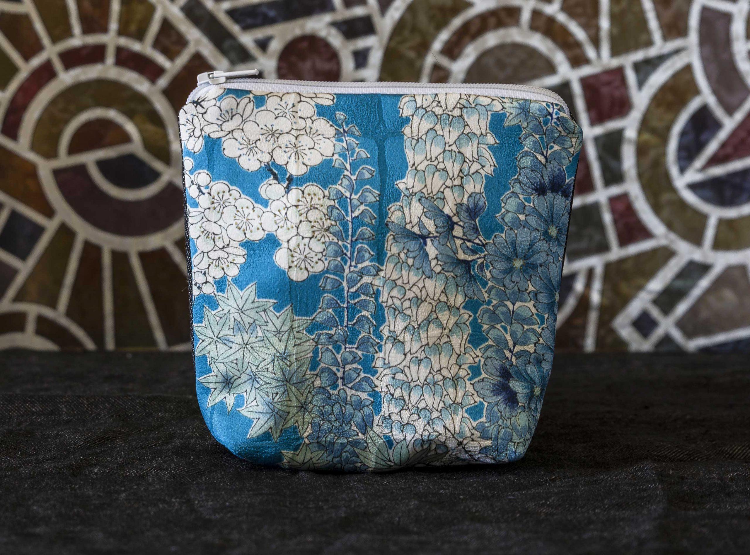 Kiku_pouch_silk_kimono_vintage_4121Aweb