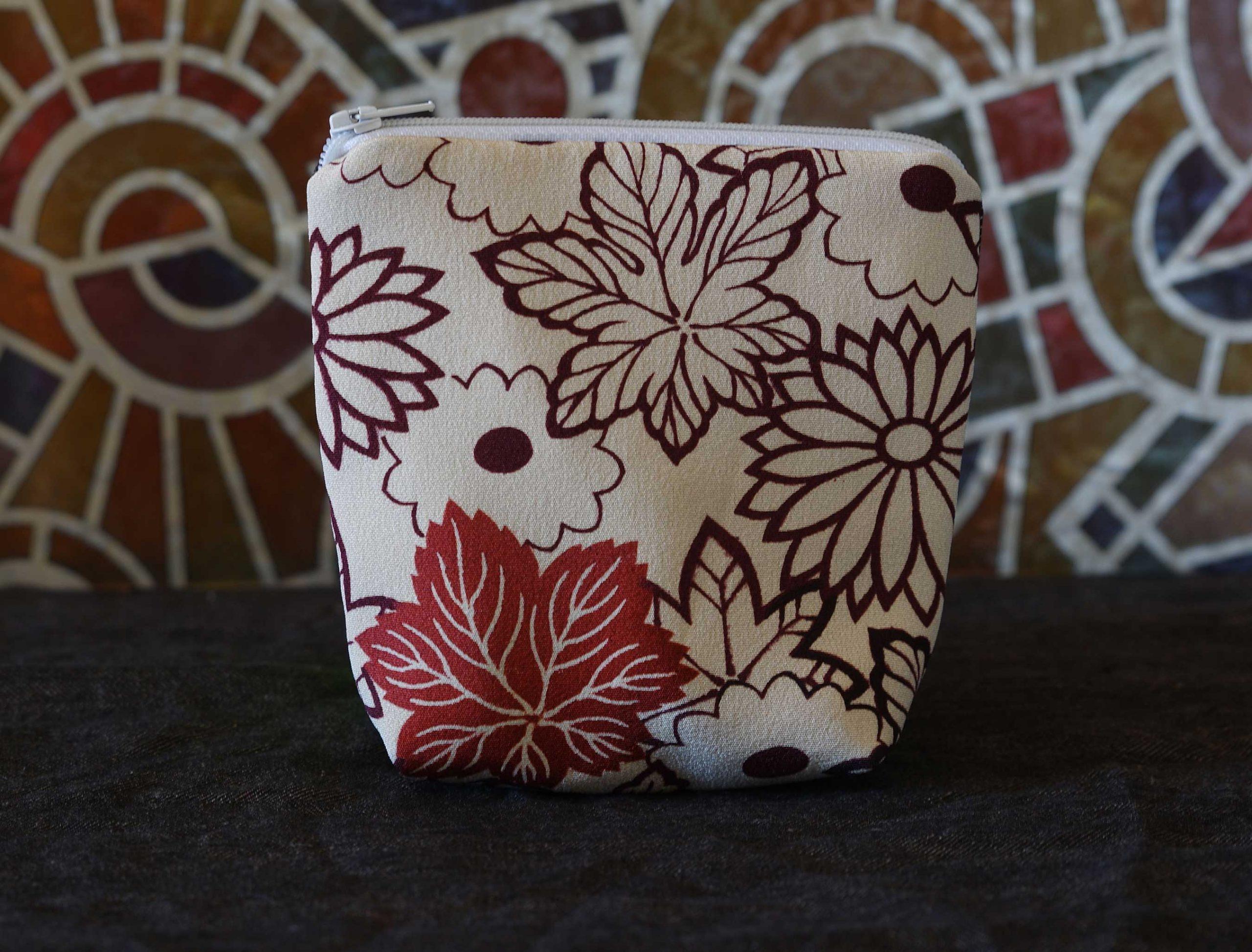 Kiku_pouch_silk_kimono_vintage_4122Aweb